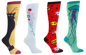 I WANT JELLY FISH SOCKS